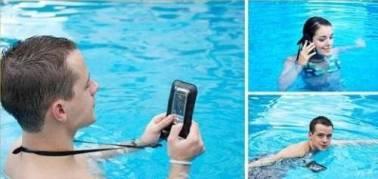 pelindung handphone dalam air